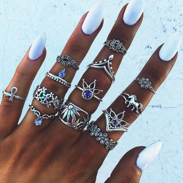 Silver Queen Ring Set