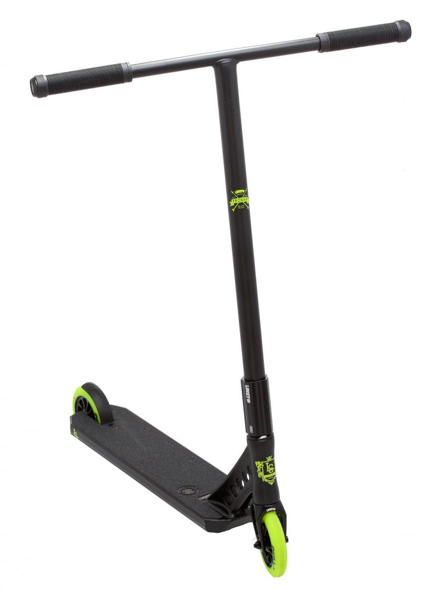 Lucky Evo Pro Black Highlighter Scooter