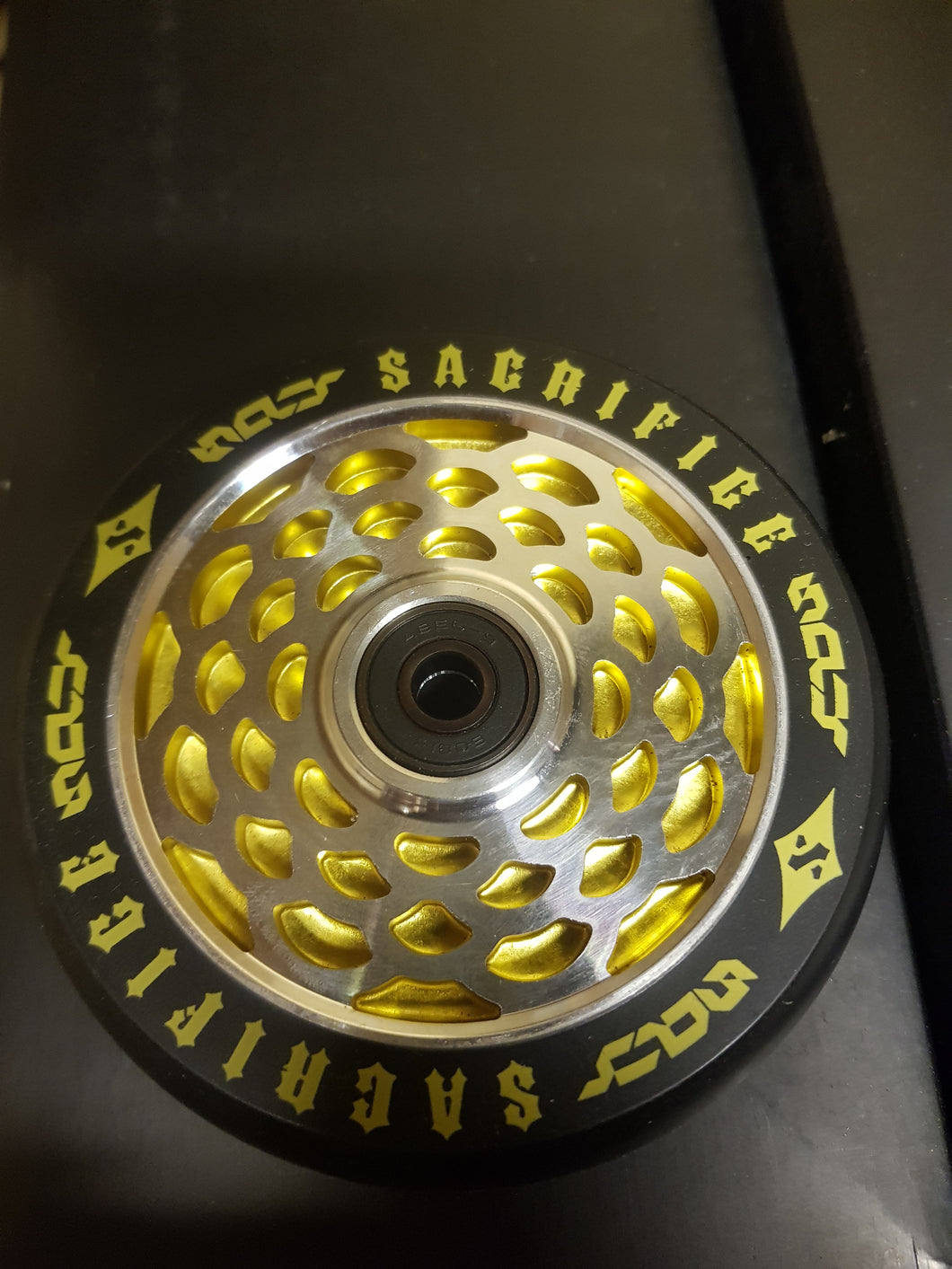 Sacrifice Spy Scooter Wheels Silver/Gold ( Sold In Pairs)