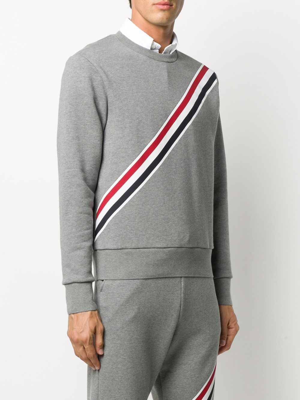 THOM BROWNE RELAXED FIT CREW NECK SWEATSHIRT W/ PRINTED RWB DIAGONAL STRIPE IN CLASSIC LOOPBACK