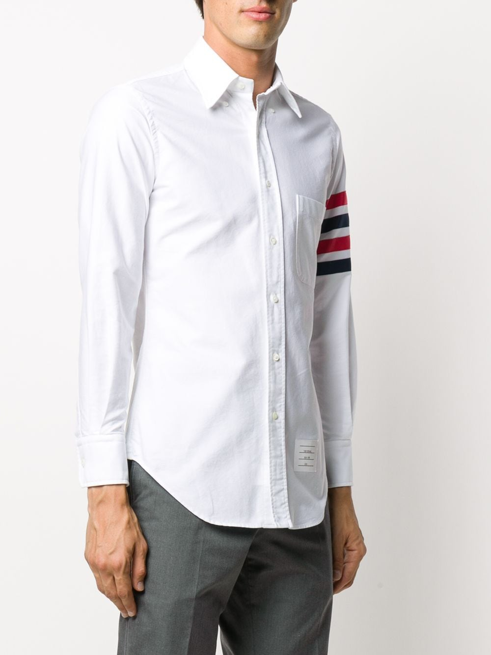 THOM BROWNE MEN CLASSIC FIT BUTTON DOWN LONG SLEEVE SHIRT W/ TOP APPLIED GG BAR IN OXFORD