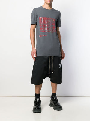 DRKSHDW MEN AFFLICTION PRINT LEVEL TEE