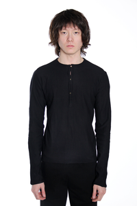 MA+ MEN KNITTED HENLY PULLOVER