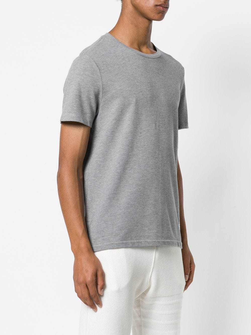 THOM BROWNE MEN RELAXED FIT SS TEE W/ CB RWB STRIPE IN CLASSIC PIQUE