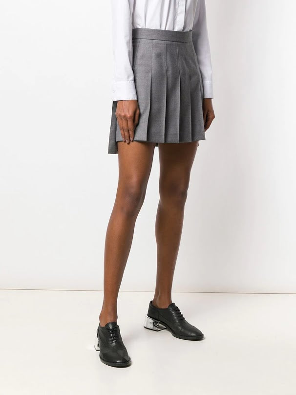 THOM BROWNE WOMEN DROPPED BACK MINI PLEATED SKIRT IN SUPER 120 TWILL