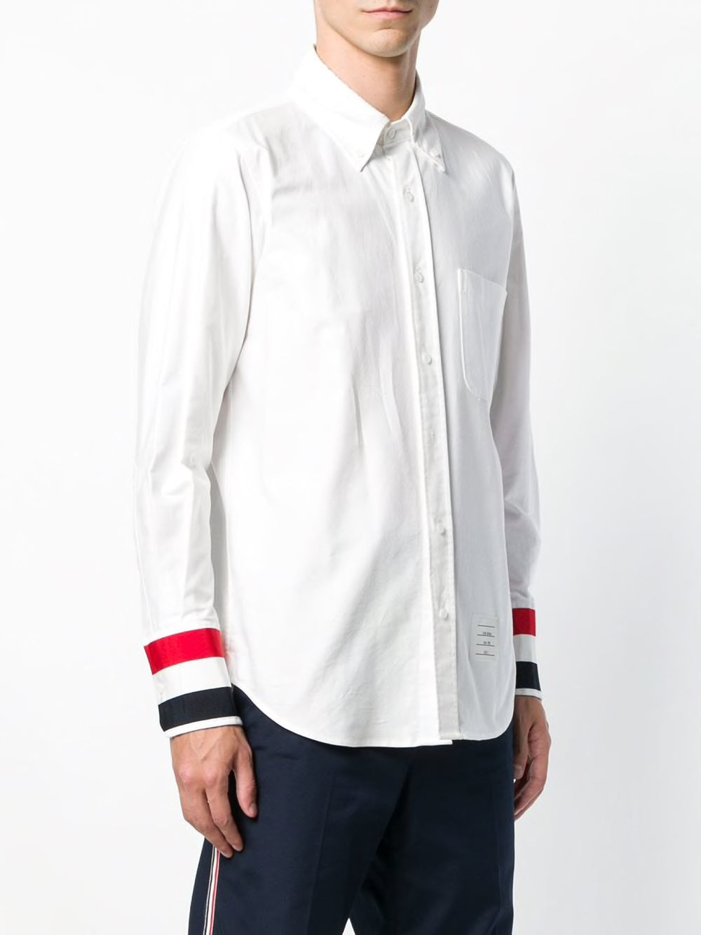 THOM BROWNE MEN GROSGRAIN CUFF STRAIGHT FIT POINT COLLAR BUTTON DOWN LONG SLEEVE SHIRT IN OXFORD