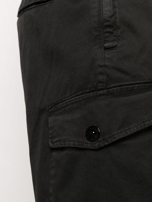 STONE ISLAND MEN PATCH LOGO CARGO PANTS