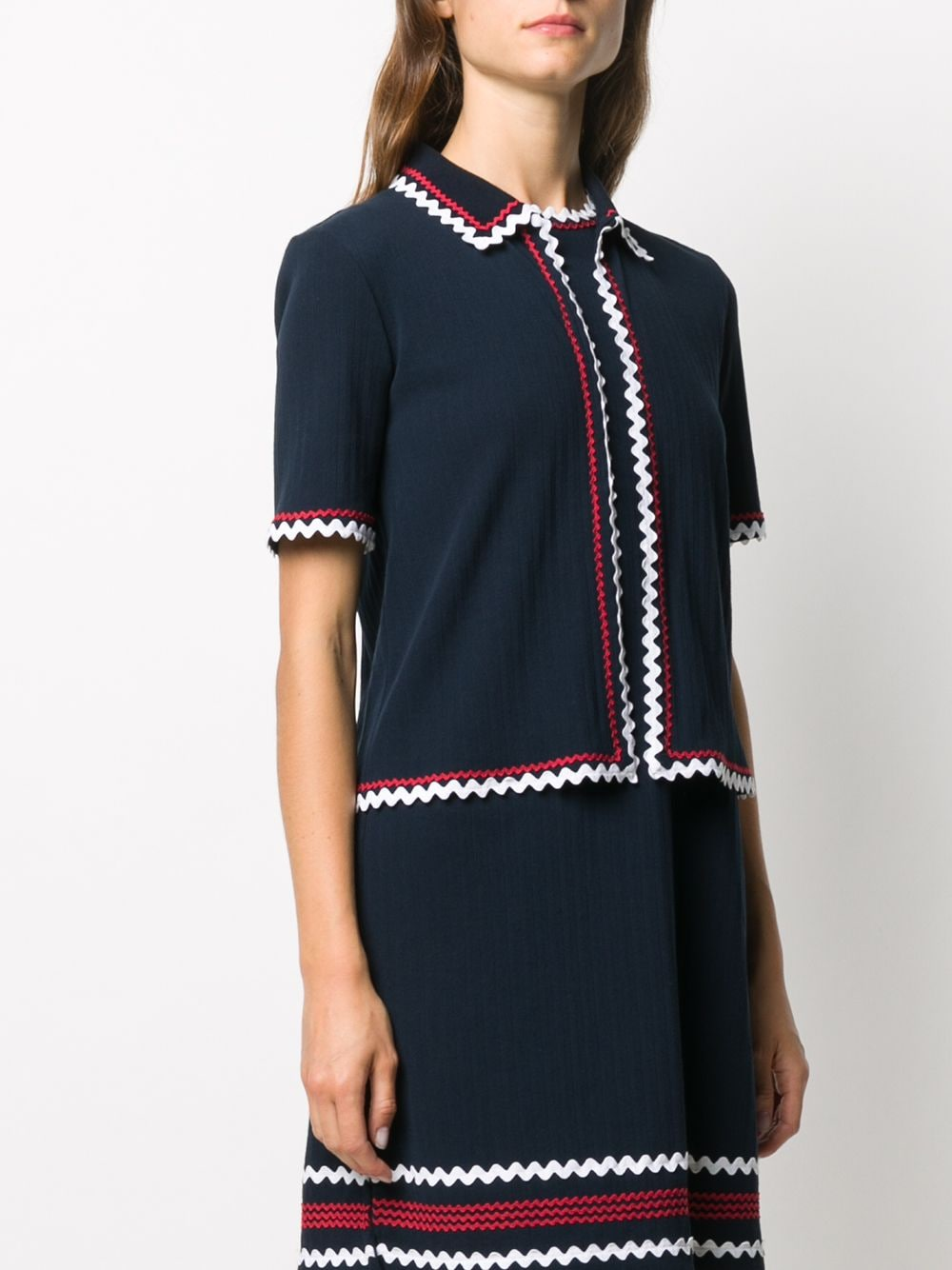 THOM BROWNE WOMEN SHORT SLEEVE CARDIGAN W/ CRICKET ZIG ZAG TRIM IN HIGH TWIST PLEATED RIB