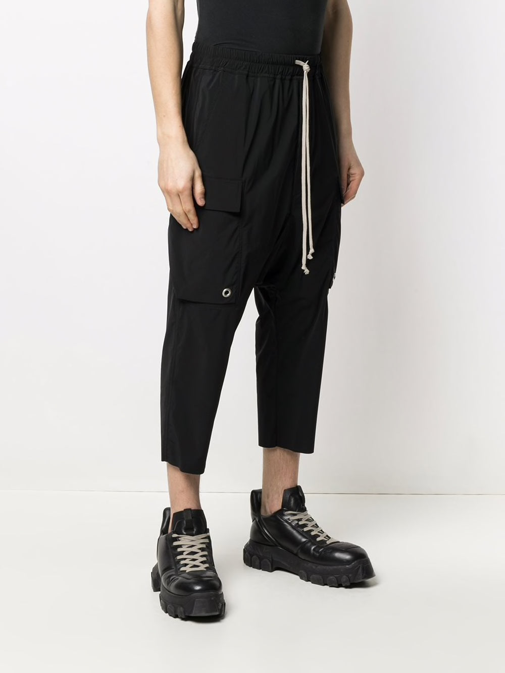 RICK OWENS MEN CARGO CROPPED PANTS