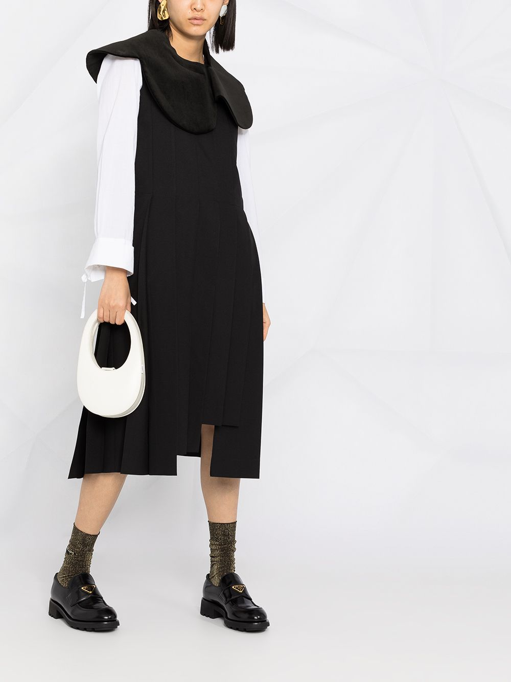 COMME DES GARCONS WOMEN PLEATED SLEEVELESS DRESS WITH ROUND COLLAR