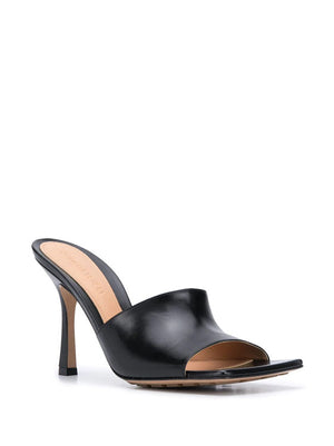 BOTTEGA VENETA WOMEN OPEN TOE PUMP