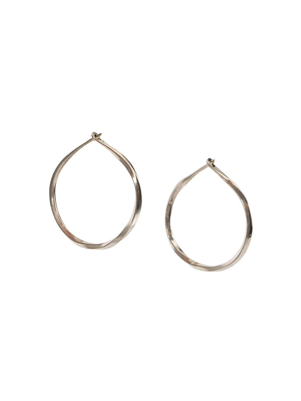 WERKSTATT MUNCHEN HOOP EARRINGS TWISTED M4515
