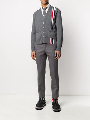 THOM BROWNE MEN JERSEY STITCH RELAXED FIT V NECK INTARSIA IN FINE MERINO WOOL