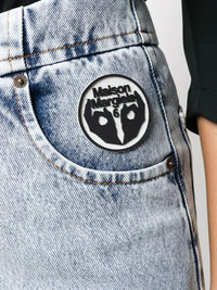 MM6 WOMEN LOGO PATCH DENIM JEANS