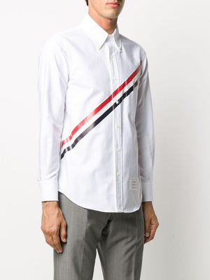 THOM BROWNE MEN STRAIGHT FIT BUTTON DOWN LONG SLEEVE SHIRT IN OXFORD W/ PRINTED RWB DIAGONAL STRIPE