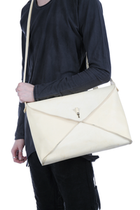 MA+ 15 VERTICAL ENVELOPE MESSENGER