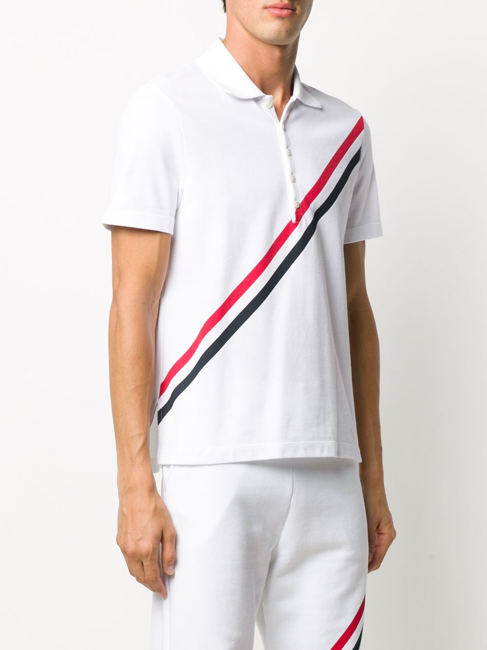 THOM BROWNE MEN SHORT SLEEVE POLO W/ PRINTED RWB DIAGONAL STRIPE IN CLASSIC PIQUE