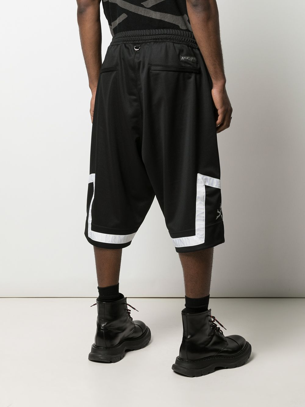 MASTERMIND WORLD MEN LOGO TAPE SHORTS