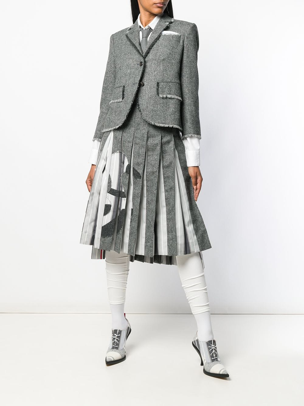 THOM BROWNE WOMEN CLASSIC SB S/C W/ FRAY IN SOLID DONEGAL TWEED JACKET