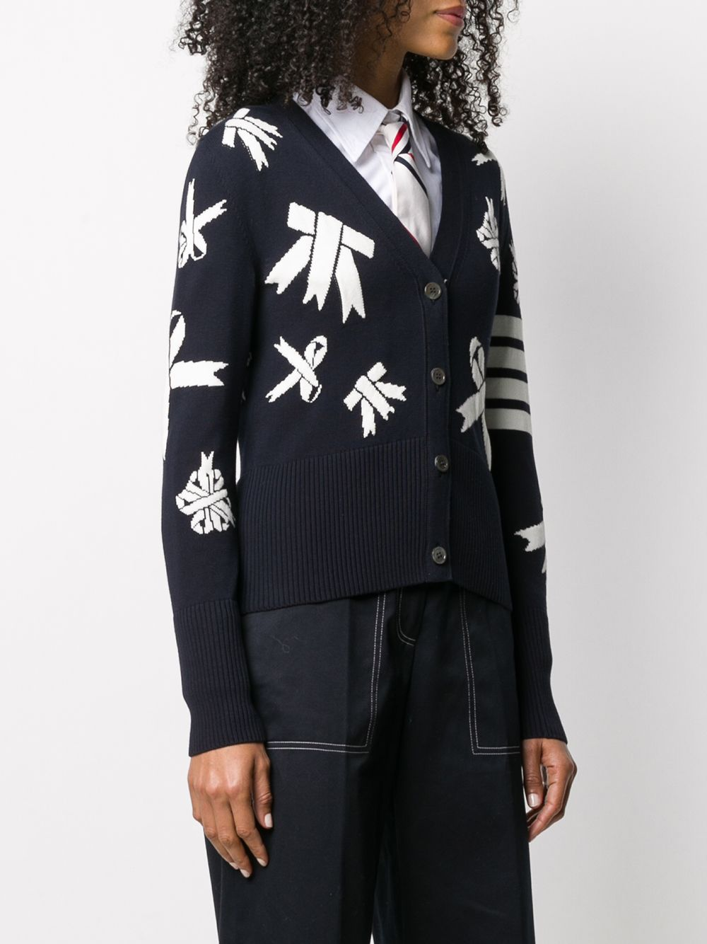 THOM BROWNE WOMEN LOOP OUTLINE RIBBON ALL OVER INTARSIA V-NECK CARDIGAN IN COTTON W/ 4 BAR STRIPE