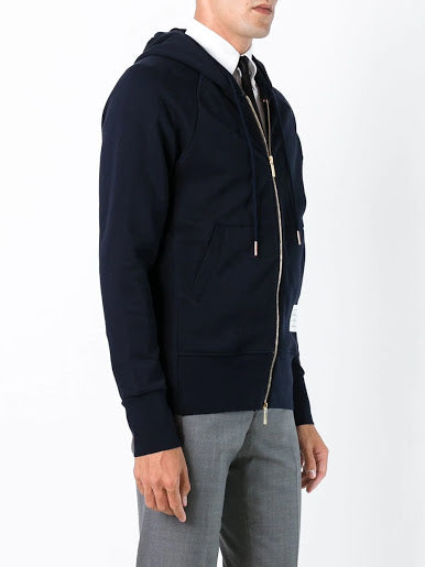 THOM BROWNE MEN CLASSIC FULL ZIP HOODIE WITH ENGINEERED 4-BAR IN CLASSIC LOOP BACK