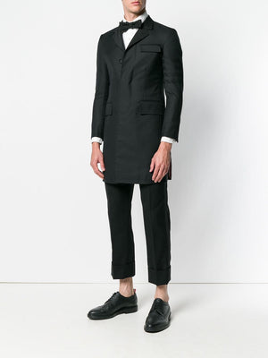 THOM BROWNE HIGH ARMHOLE CHESTERFIELD O/C W/ SILK FAILLE LAPEL IN WOVEN 4 BAR SATEEN STRIPE STEPP TWILL SCHOOL UNIFORM