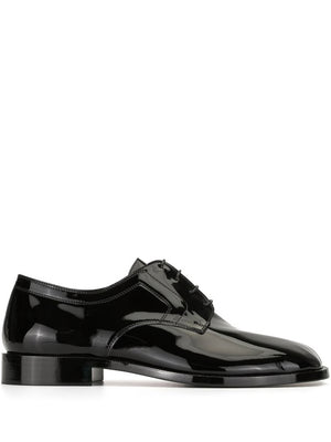MAISON MARGIELA MEN TABI OXFORD SHOES PATENT LEATHER