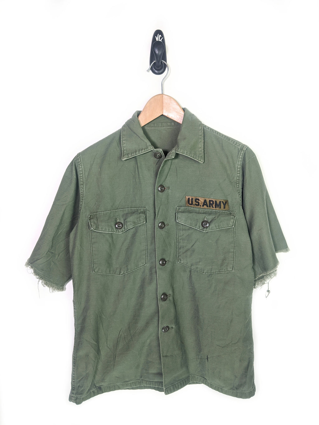 Army Issued Frayed Button Up (M)