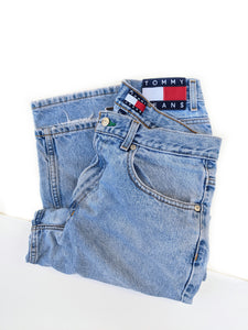 90's Tommy Patch Jeans (30-31)