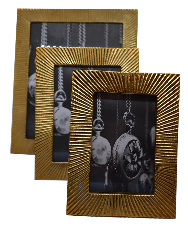 Photo Frame Italian Antique Gold - Med, Lrg & XL