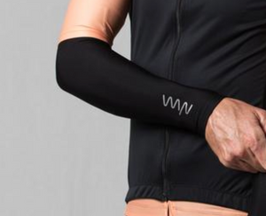 WYN black arm warmers 60%