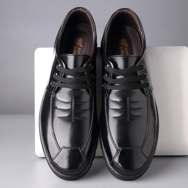 Men Pure Color Comfy Soft Sole Lace Up Casual Leather Shoes