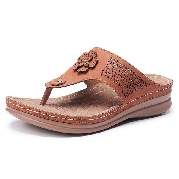 Women Hollow Out Clip Toe Flip Flops Beach Casual Holiday Slippers 132241 Brown / Us 5 Shoes