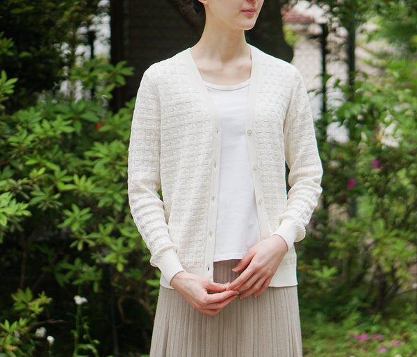 100% washable silk wide rib knit V-neck cardigan