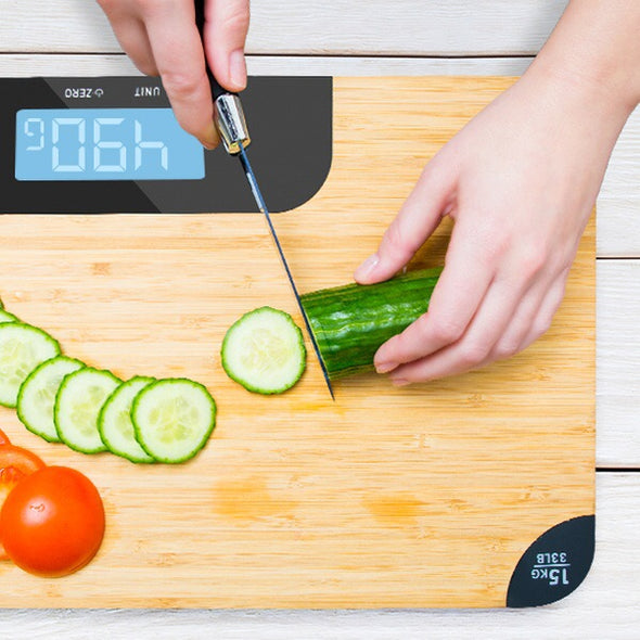 Aquarius chopping board with weighing scale