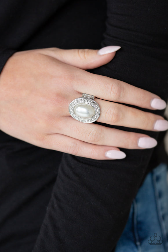 Paparazzi The ROYALE Treatment - White Pearly Bead - White Rhinestone Ring - Lauren's Bling $5.00 Paparazzi Jewelry Boutique