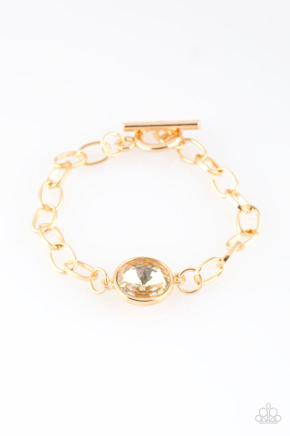 Paparazzi All Aglitter - Gold Gem - Nice Gold Chain Toggle Closure - Bracelet - Lauren's Bling $5.00 Paparazzi Jewelry Boutique