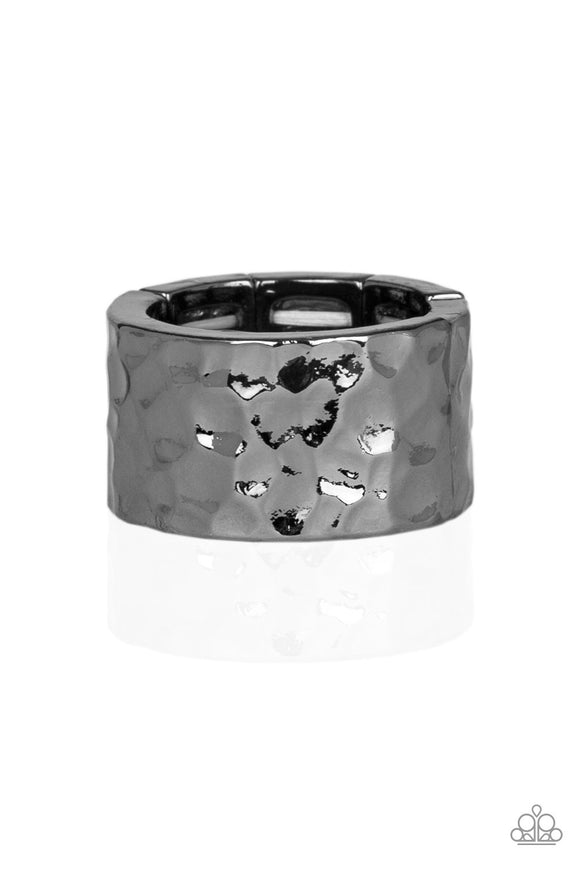 Paparazzi Self-Made Man - Black Gunmetal - Thick Band - Hammered Ring - Men's Collection