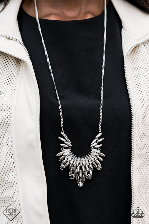 Paparazzi Leave it to LUXE - Silver - Necklace - Trend Blend / Fashion Fix Exclusive - October 2020 - Lauren's Bling $5.00 Paparazzi Jewelry Boutique