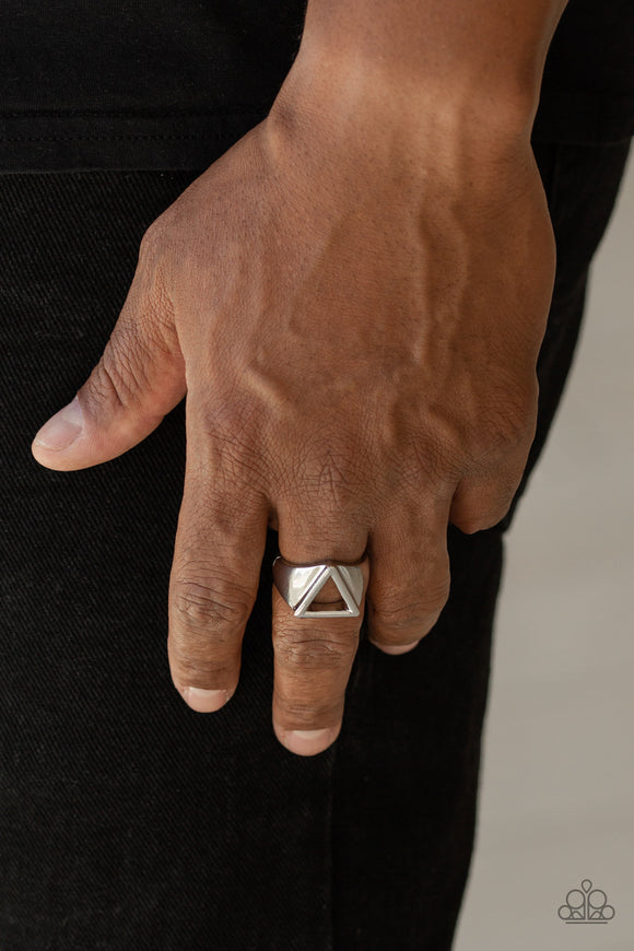 Paparazzi Trident - Silver - Thick Band - Men's Collection - Ring - Lauren's Bling $5.00 Paparazzi Jewelry Boutique