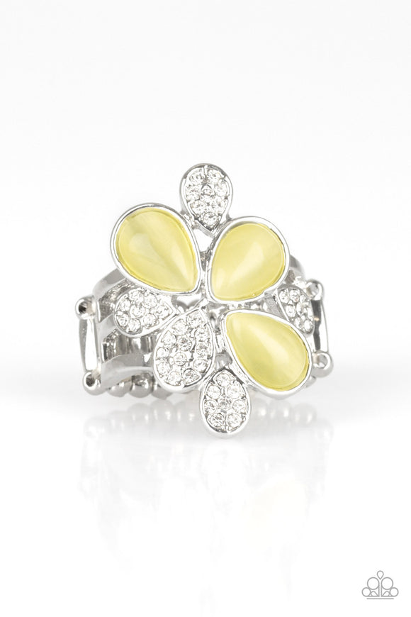 Paparazzi Diamond Daises - Yellow Moonstones - Silver Rhinestone Ring
