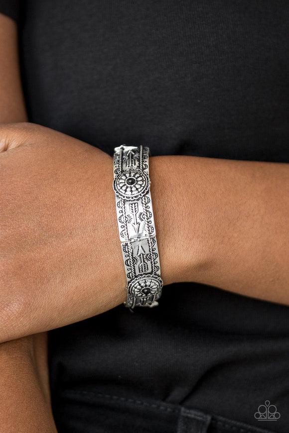 Paparazzi Southern Borders - Black Beads - Embossed Decorative Arrow Detail - Stretchy Bracelet