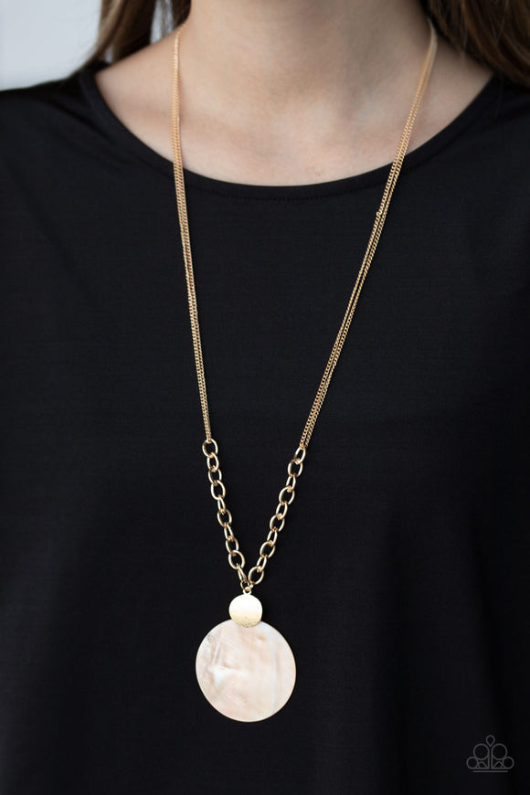 Paparazzi A Top-SHELLer - Gold - Shell Pendant - Thick Chain - Necklace & Earrings - Lauren's Bling $5.00 Paparazzi Jewelry Boutique