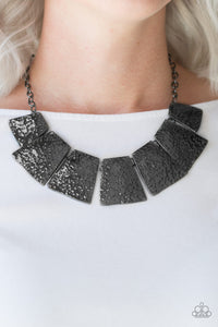 Paparazzi Here Comes The Huntress - Black - Hammered Gunmetal - Necklace & Earrings - Lauren's Bling $5.00 Paparazzi Jewelry Boutique