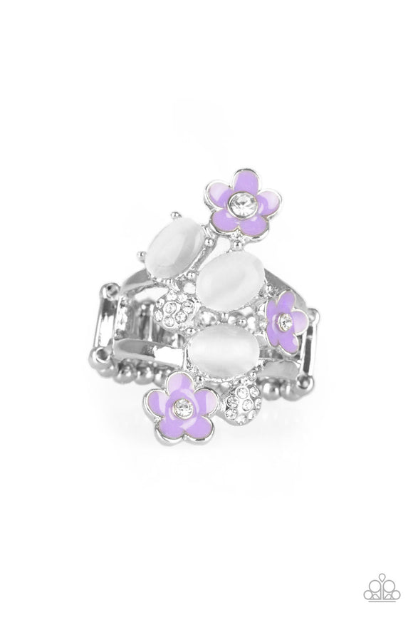 Paparazzi Daisy Delight - Purple - Glowing White Moonstones - Ring