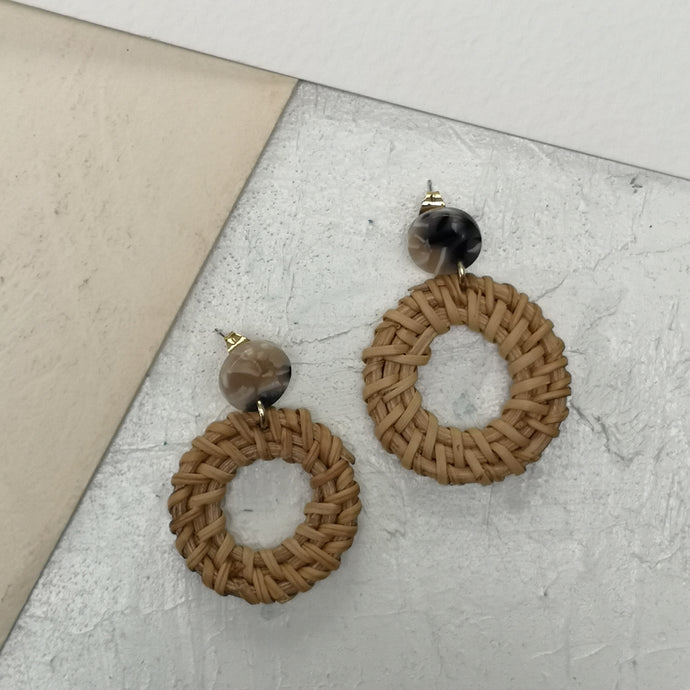 Rattan dangle hoop earrings