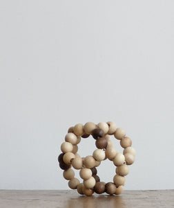 Wooden elastic bead ball