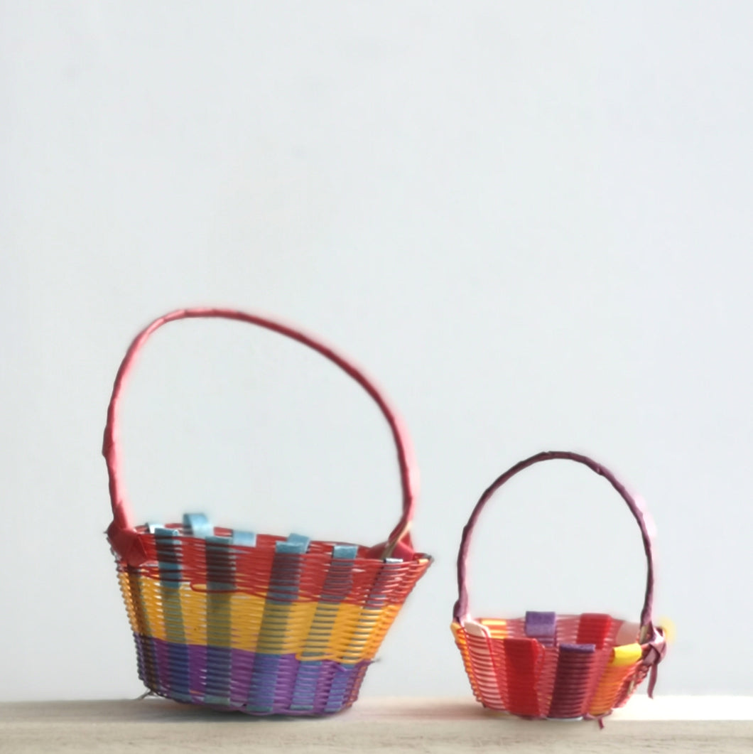 Mini recycled plastic basket