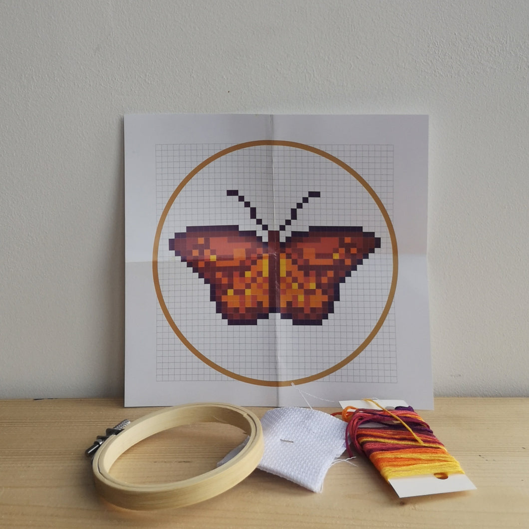Mini embroidery kit