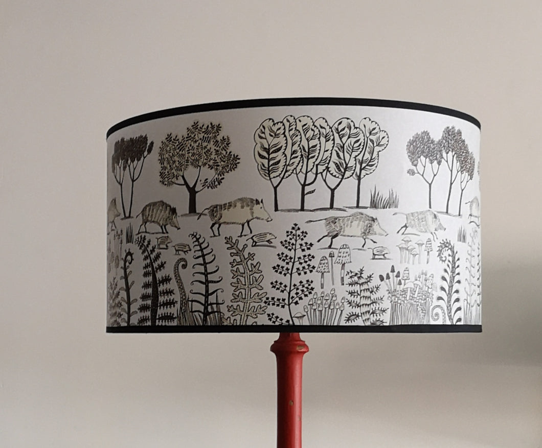 Brown stumpy brown boar lampshade